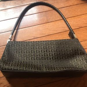small g pattern purse